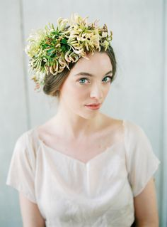 Honeysuckle Floral Crown l Pearl & Godiva and Peaches and Mint Photography