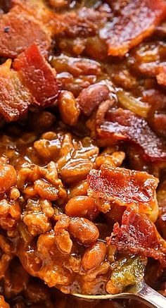 The Best Baked Beans. Wonder if I can swap out beef for ground turkey, use veggie beans and do turkey bacon.