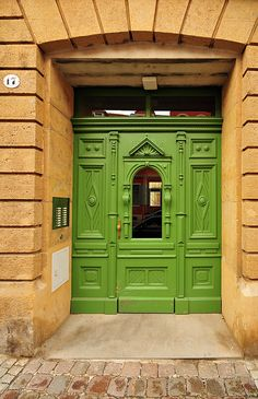Green door #17 in Dresden, Germany ~