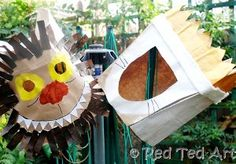 Where the Wild Things Are paper costumes are inexpensive homemade Halloween costumes for kids, but they're also really awesome. Kids who have read the story or seen the movie will adore these creative costume ideas.