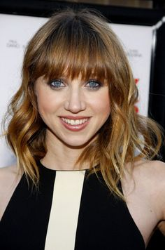 Zoe Kazan Medium Wavy Cut with Bangs