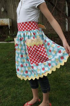 Cute trim on this apron