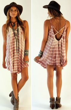 never been brave enough to actually buy a flow-y dress like this, but this one is to die for! minus the hat though