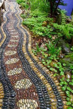 Pebble Garden Path With White Black Yellow Stone With Snake Pattern And Plant Decor