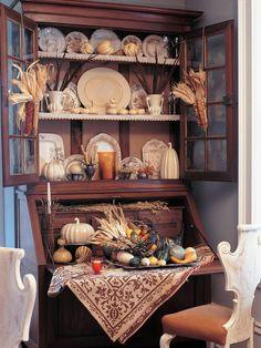 Traditional Thanksgiving Decorating Ideas : Decorating : HGTV
