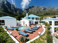 How is this for a pool area?  See the full listing details of this Camps Bay property:   http://www.myproperty.co.za/for-sale-in-camps-bay-cape-town-western-cape_969862.aspx