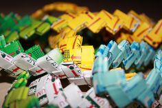 Gum Wrapper Chains: A great way to spend a rainy afternoonl #Gum_Wrapper_Chain