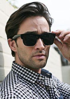 Black Frame Sunglasses .       #sunglass #eyewear #mensunglass  #strunway