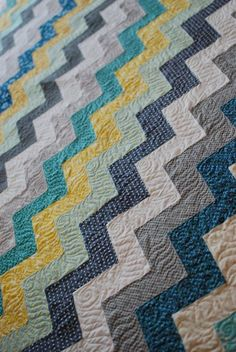 zig zag quilt by hyacinth qulit designs