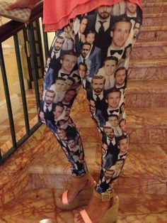 Check out the hottest leggings ever.