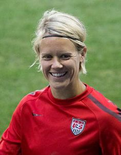 US soccer star Lori Lindsey comes out as lesbian