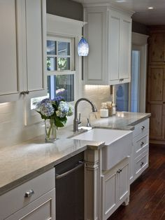 Again - I love, love, love the farmhouse sink. Will NEVER go back to any other again