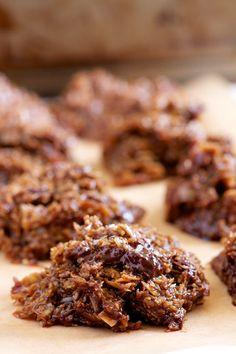 Chocolate Chunk Salted Caramel No Bake Cookies | GI 365