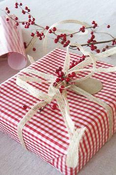red & white wrap