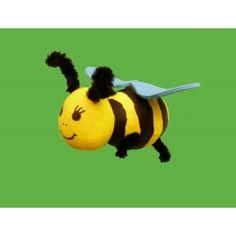 Eine Biene basteln mit Watteeier   eine nette Bastelidee