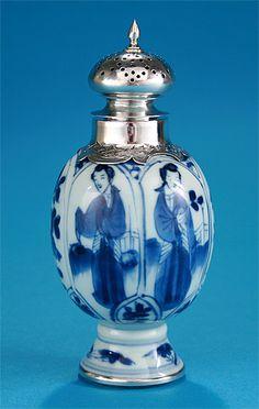KANGXI SILVER-MOUNTED BLUE & WHITE PORCELAIN CASTER