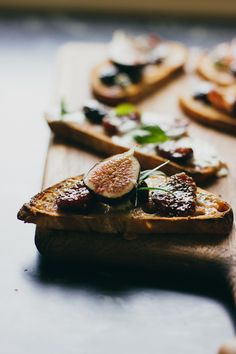 Bruschetta with Fig Compote | Sarah Kieffer (of The Vanilla Bean Blog) for Artisan Bread In 5