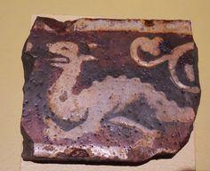Dragon Tile Troyes-en-Champagne: Exposition de carreaux de pavement - Musée Saint-Loup dragon, mediev tile