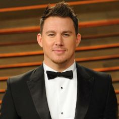 two words only: channing. tatum.   https://www.facebook.com/MTV/photos/pb.7245371700.-2207520000.1401980323./10151974037471701/?type=3&theater