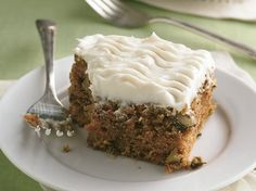 Carrot Cake with Cream Cheese Frosting - Que Rica Vida