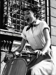Audrey Hepburn - Roman holiday  Shirt with scarf