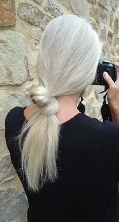 grey hair, gray hair, grey ponytail, silver blond, silver beauti, hairstyl, age greys, eleg grey, hair idea