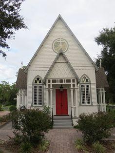 Holy Trinity Episcopal Church in Fruitland Park, Florida