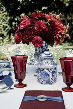 Chinoiserie and gorgeous red blooms