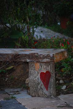 log love bench