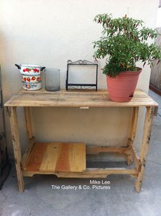 Potting Table made from pallet.