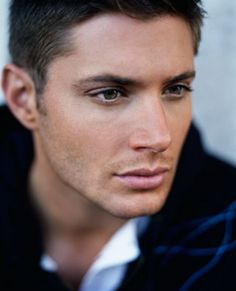 Jensen Ackles, I could look at pictures of him all day...