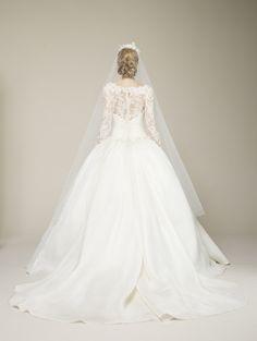 Long Sleeved Wedding Dresses (: