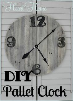 EASY DIY Pallet Clock!