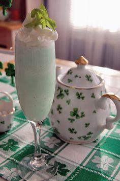 Irish Shamrock Shake {Copycat}