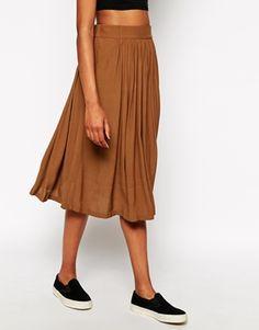 midi skirts, cloth, sneaker