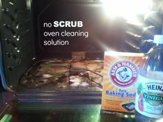 For an effective, natural way to clean your oven that doesn't take a ton of scrubbing, try this no scrub solution to clean your oven!