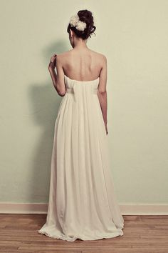 The back of said dress. How incredible!