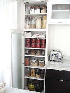 Zero Waste Home: pantry