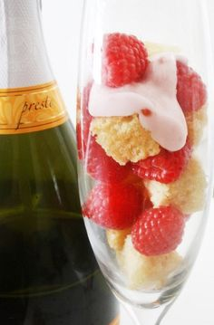 Vegan Raspberry Champagne Cupcakes