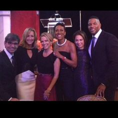 A great night celebrating w/ @RobinRoberts –big congrats to her on being inducted into the Broadcast Hall of Fame!