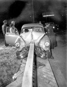 car accidents on pinterest vintage cars jayne mansfield and golden age. Black Bedroom Furniture Sets. Home Design Ideas