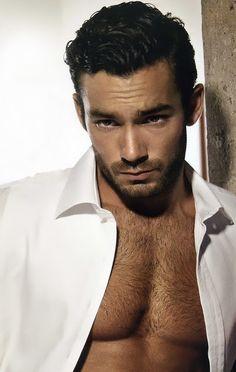 Aaron Diaz. Love him on El Talisman