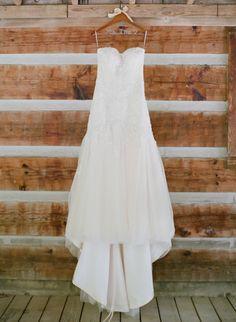 Pretty wedding dress: http://www.stylemepretty.com/tennessee-weddings/2014/10/29/woodland-tennessee-wedding-with-rustic-elegance/ | Photography: Brandon Chesbro - http://brandonchesbro.com/