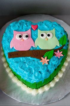 Owl cake. Guess what kaitys getting for her birthday!