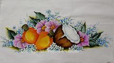 Coisas da Nil - Pintura em tecido: Cajus, coco e flores.