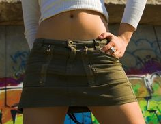 How to Convert Men's Shorts Into a Skirt | eHow UK