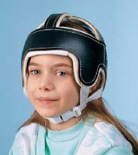 Another site with protective helmet options.