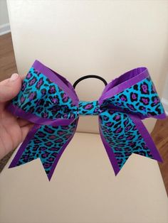 Duct Tape Bows | 101 Duct Tape Crafts