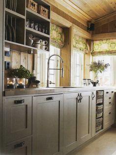 cabinet color, hardware, open shelves