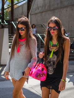 concert outfits, fashion, black outfits, accessori, color, neon, necklac, street styles, summer chic